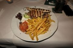 leckeres Essen beim Griechen