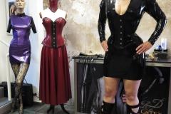 Yessica Schlabach auf dem Sektempfang bei Latex Fashion Design
