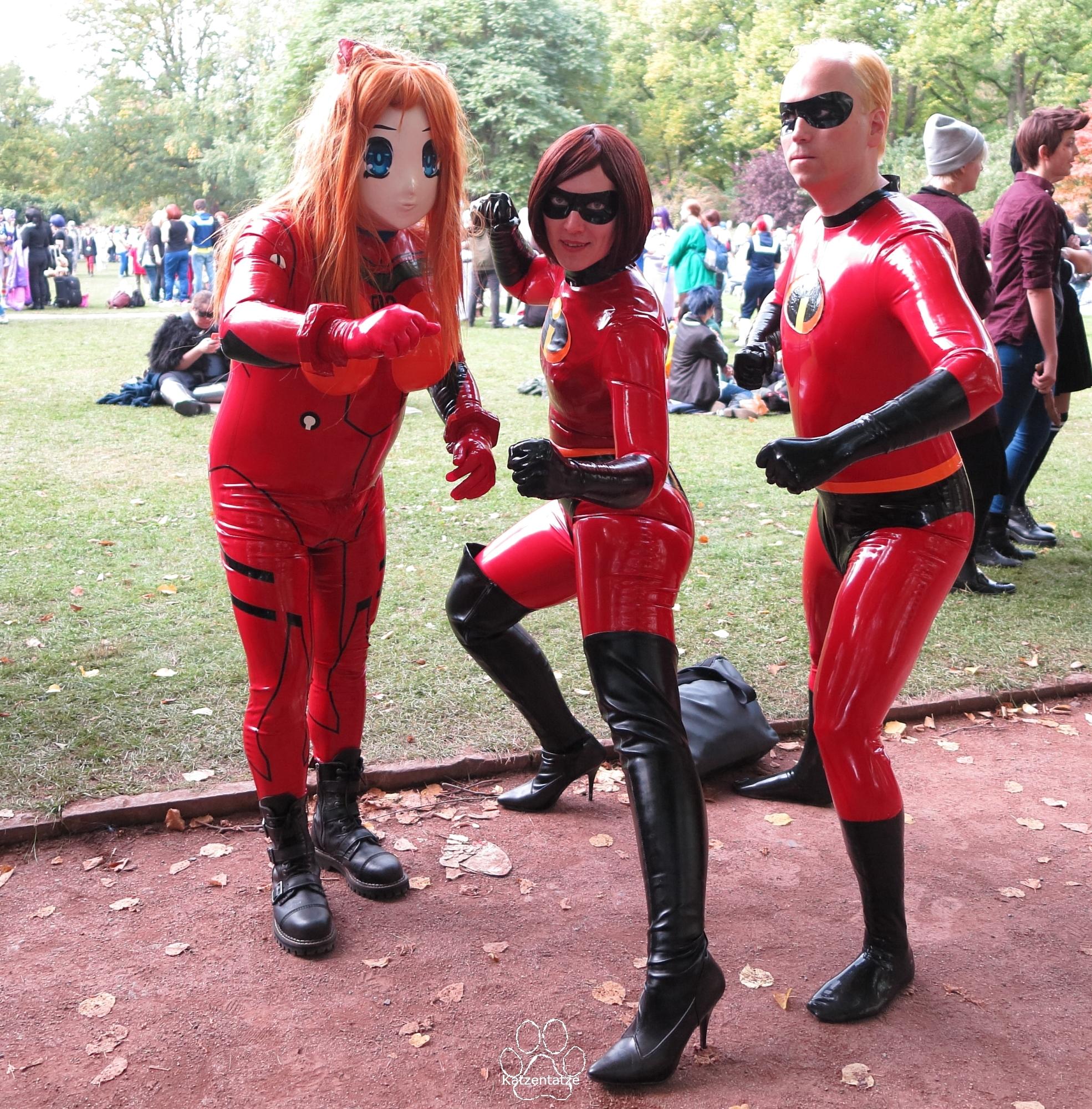 Asuka, Superfrau und Supermann