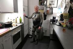 nach dem Anziehen in Eva's Küche