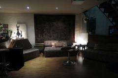 Couchbereich in der Lokation