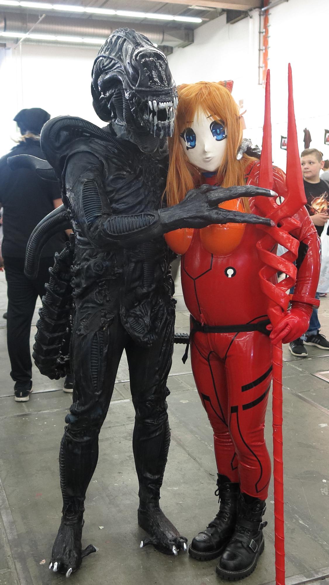 Asuka Langley Sohryu und der Predator