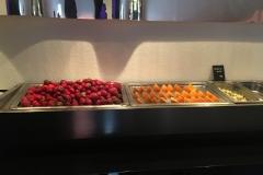 lecker Erdbeeren und Apfelsinenstücke