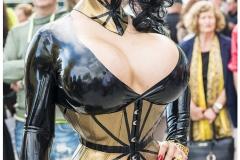 Medusa Fetish Goddess (Bild vom Südkurier)