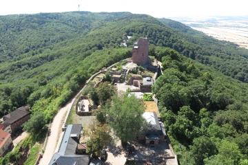 Kyffhäuserdenkmal, Blick zum Barbarossaturm
