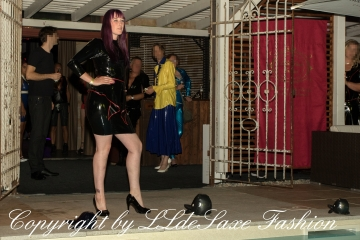 llde Saxe Fashion Modenschau bei Fetish Zoo