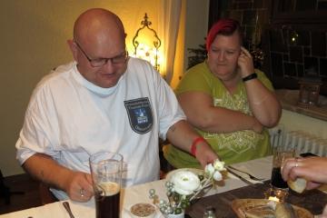Familie Klein beim Abendbrot