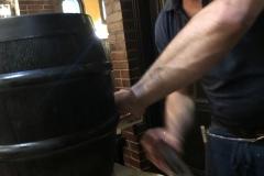 Anstich des Bierfasses