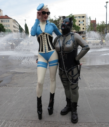Contessa Kali und Katzentatze