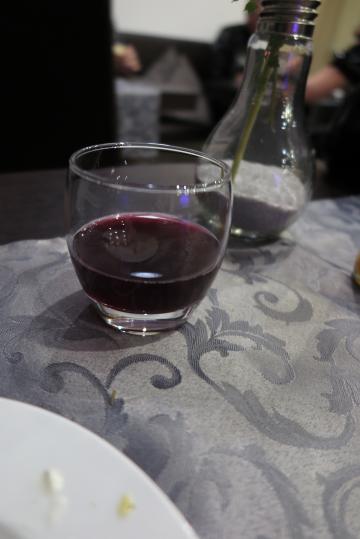 Abendessen auf der PreParty, Federweißer