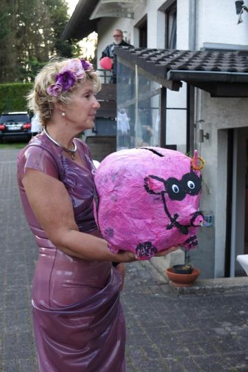 Rotkäppchen und das pinke Schwein