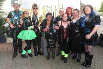 Gruppenfoto zur Party