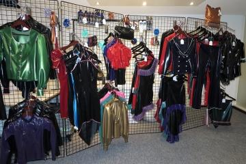 lldeSaxe Fashion-Showroom