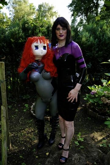 Majikku Kig im Garten mit Yuriko Yumeno