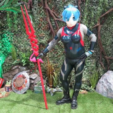Asuka als Rei Ayanami in ihrem Plugsuit Number 9 auf der Film & Comic Con in Offenburg 2018